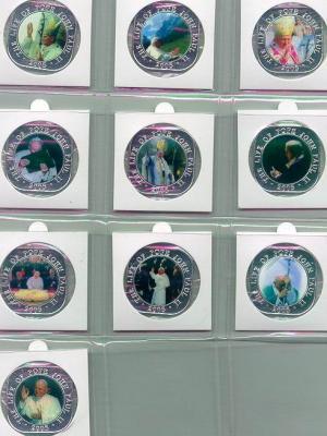 Somalia_500shillings_2005_Ag_10coinset.jpg