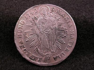 1742-KB HUNGARY MARIA THERISA THALER +.jpg