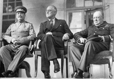 Сталин,Черчилль,Рузвельт В тегеране - 1943.jpg