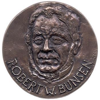 31 марта 1811 года родился — Роберт Вильгельм Бунзен.jpg