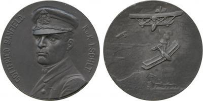 6 февраля 1890 барон Готфрид фон Банфилд.jpg