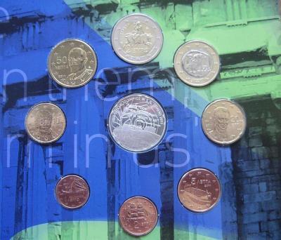 нумизматический набор, содержащий 7 монет регулярного выпуска + памятную монету Акрополь..jpg