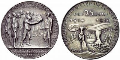 28 июня 1919 года  — Подписан Версальский мирный договор..jpg