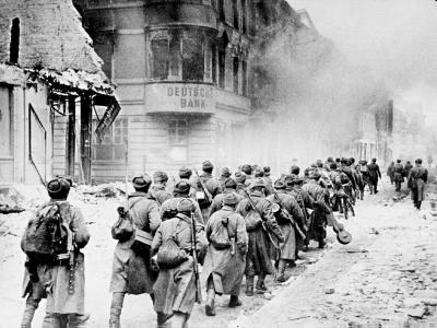 Войска 1-го Белорусского фронта в Германии. 1945 г..jpg
