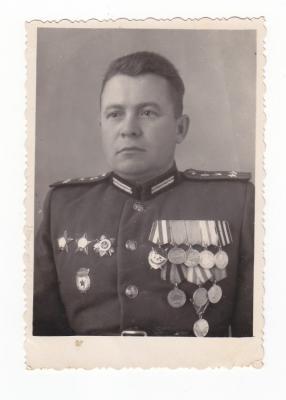 Гладунов Михаил Михайлович - мой дед.jpg