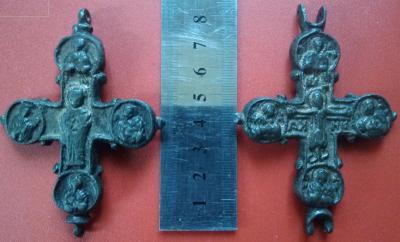 Крест F.jpeg
