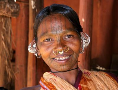 kutia-kondh-vrouw-uit-india-14783.jpg