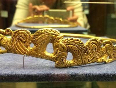 Золото потомков Геракла 3.jpg