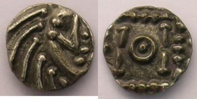 Merovingische Münzen 700-765 n. Chr Abramson E215 p.88 - Poids 1,12 g  .jpg