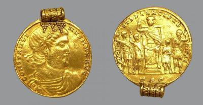 Медальон Константина Великого.jpg