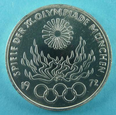 800px-Olympisches_Feuer_VS.JPG