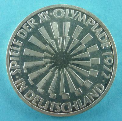800px-Olympia_Spirale_Deutschland_VS.JPG