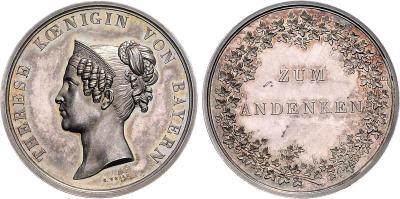 8 июля 1792 года родилась Тереза Саксен-Гильдбурггаузенская (Silbermedaille o.J. (1854), von Voigt. Zum Andenken an seine Gemahlin Therese von Sachsen-Hildburghausen.37,5 mm, 21,80 g).jpg