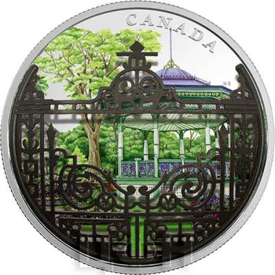 Канада 30 долларов 2017 год Public Garden Gates (реверс).jpg