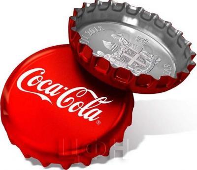 Фиджи 2018 год 1 доллар Кока Кола (аверс).jpg