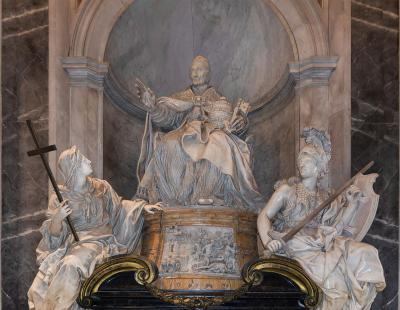 Innocent_XI_monument_Saint_Peter's_Basilica_Vatican_City.jpg